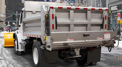 meyer-dump-truck-salt-spreader
